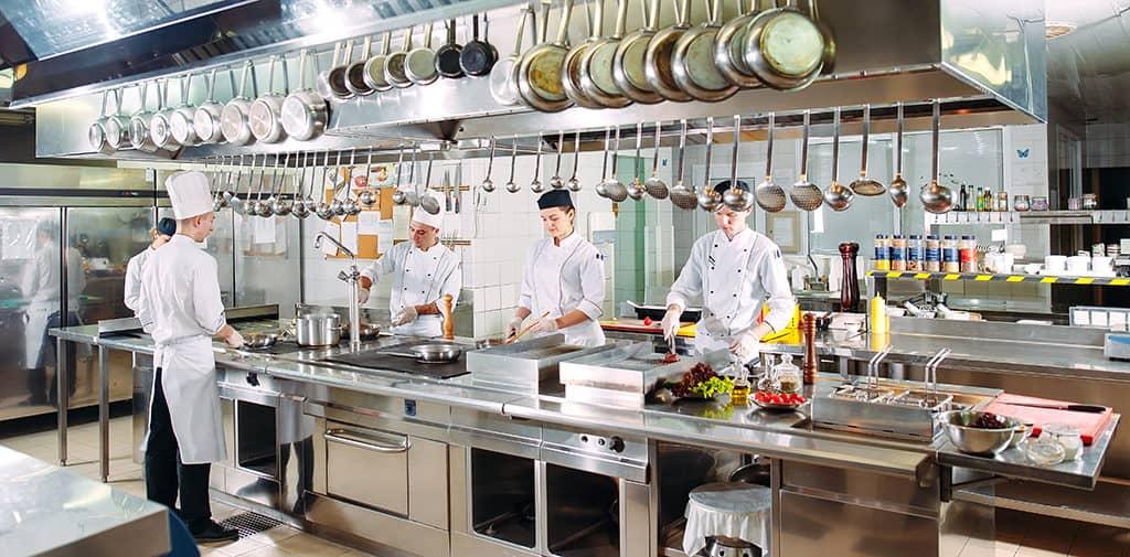 layout de cozinha de restaurante
